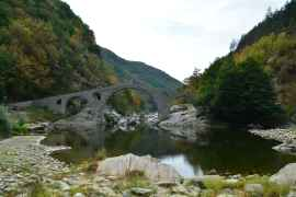 traveling-cheeseheads-bulgarian-road-trip-blog-diavolski-most (11)
